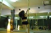 最热门性感钢管舞老师视频