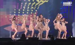 少女时代亮相SBS歌谣大战 低胸裙性感热舞