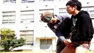 朋友喝酒被帅哥灌醉摸鸟全集_的美女视频_网身视频特种兵的近图片